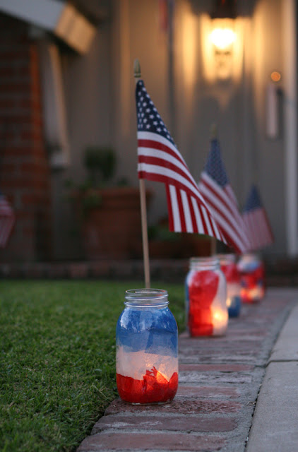 How to Make 4th of July Mason Jar Luminaries