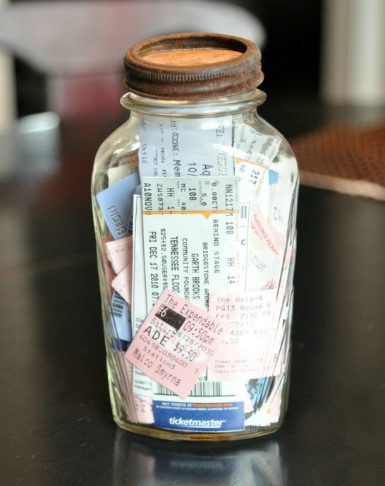 Make a memory jar from a Mason Jar