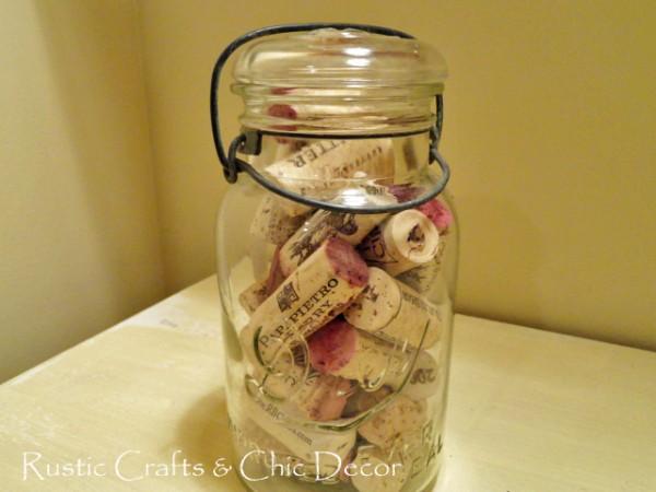 Mason Jar storage idea - wine corks