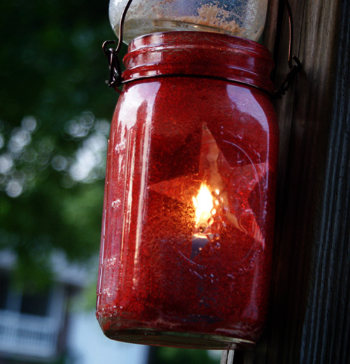 How to Make 4th of July Patriotic Mason Jar Lanterns
