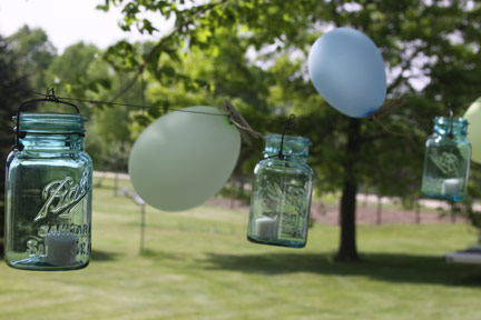 Outdoor Mason Jar Lights with Balloons