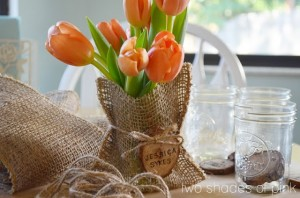 DIY Mason jar Wedding Favors and flowers