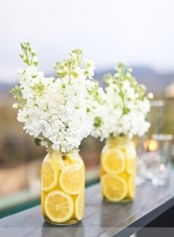 Mason Jar Crafts – Lemon Flower Vases