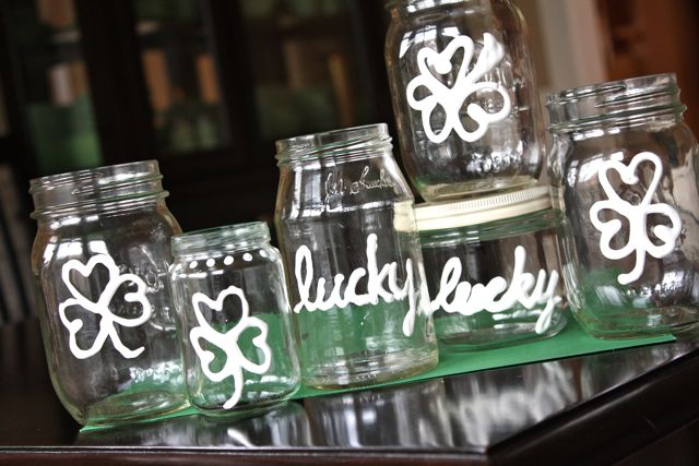 St. Patrick's Day Mason Jar crafts!