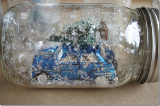 Mason Jar Snow Globe Car