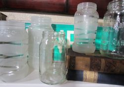 DIY Frosted Mason Jars