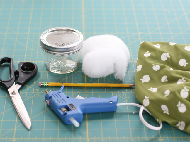 Mason Jar Pin Cushion Picture 1
