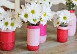 Mason Jar Vases: Exciting DIYs